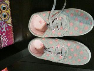 Zapatillas niña NUEVAS