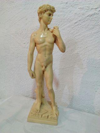 figura escultura G.Ruggeri