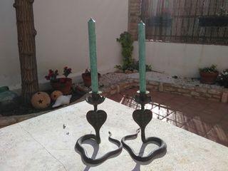 lote 2 candelabros.serpiente