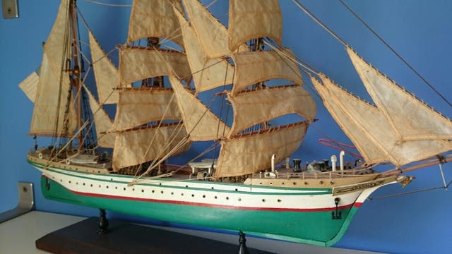 Maqueta de barco