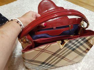 zapatos y bolso costaron más del doble sin usar