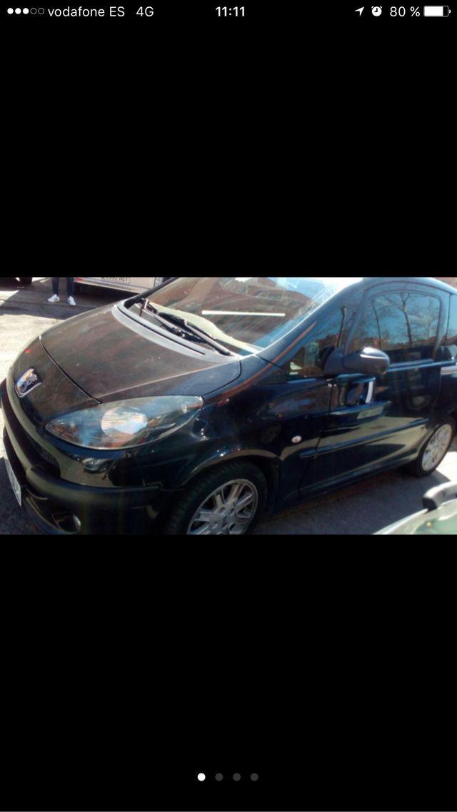 Peugeot 1007 2005 Sporty