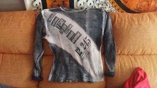 jersey gris dos colores talla L como nuevo.