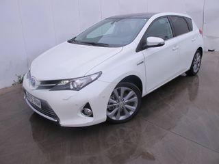 Toyota Auris Hybrid Advance Skyview