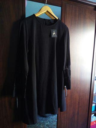 Vestido negro PRIMARK