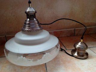 Antigua lampara de cristal