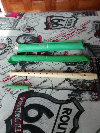 2 flautas niño