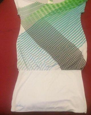 Camiseta-vestido surfero