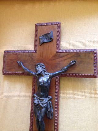 Crusifijo antiguo arte montfalcon ENVIO GRATIS