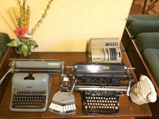 Lote de maquinas escribir antiguas y otros