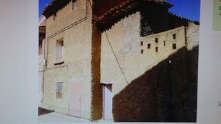 Casa con corral en Villadoz