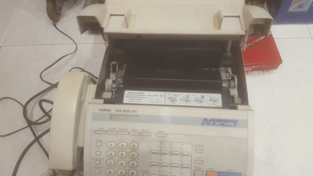 Fax/telefono marca Brother Fax1020 plus