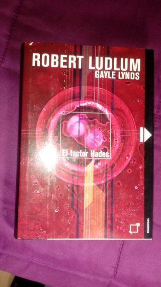 """Libro """"El factor Hades"""" (Robert Ludlum)"""