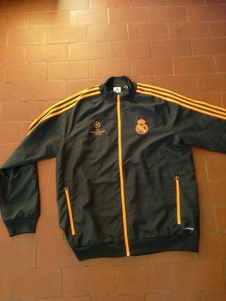 8c862f834121f Chandal del Real Madrid de segunda mano en la provincia de Cantabria ...