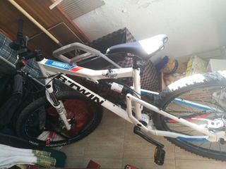 Bicicleta descenso NUEVA