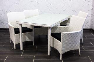 Mesa rattan blanco
