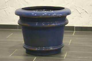 Macetero vidriado azul