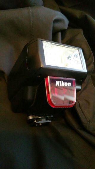Flash Nikon SB 23