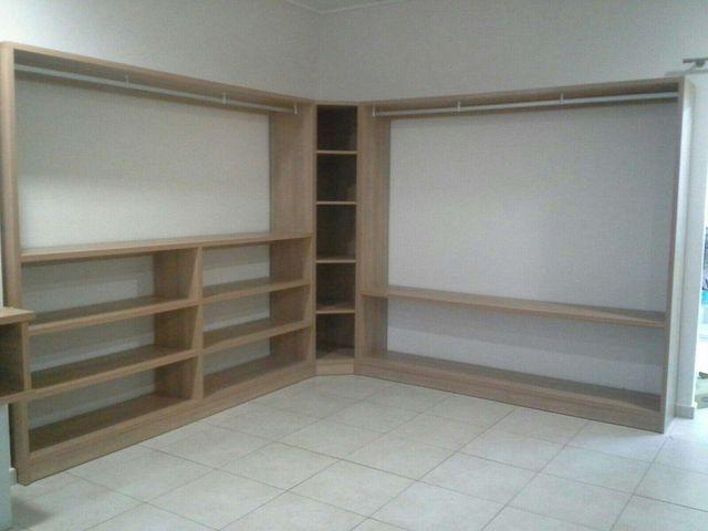 Mobiliario tienda ropa infantil perfecto estado de segunda mano por en xativa en wallapop - Mobiliario infantil valencia ...