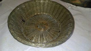 cesta de metal .antigüedades