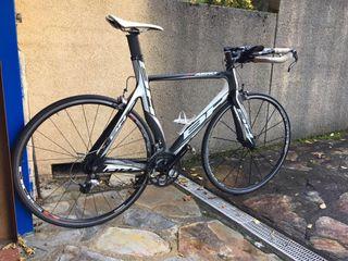 Bicicleta BH AERO TRI