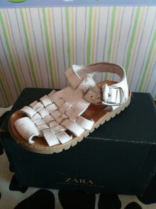 Sandalias Zara color blanco de segunda mano por 5 € en