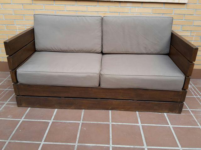 Sofa de madera para exteriores de segunda mano por 195 for Sofa exterior wallapop