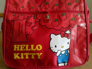 "BANDOLERA ""HELLO KITTY"" NUEVA BOLSO"