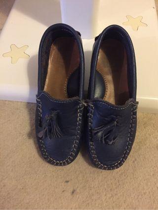 Zapato niño en Piel