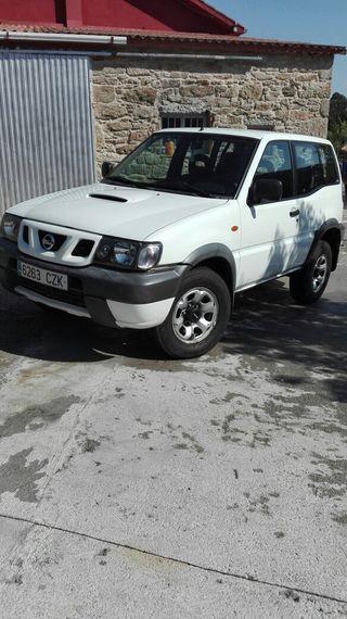 Nissan Terrano comfort 2