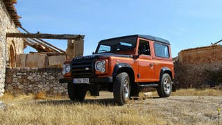 Land Rover Defender 2009 FIRE EDITION EXCLUSIVE.