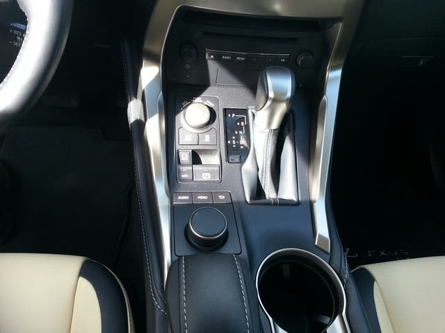 Lexus NX 300 HYBRIDO 2015