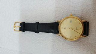 Reloj de pulso aleman en parte oro Junghan,Quartz.