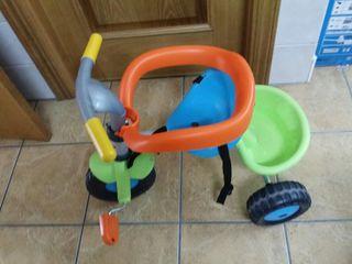 Triciclo infantil. Ideal para REGALAR