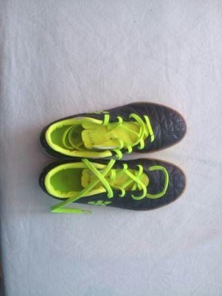 zapatillas futbol sala n33 impecables