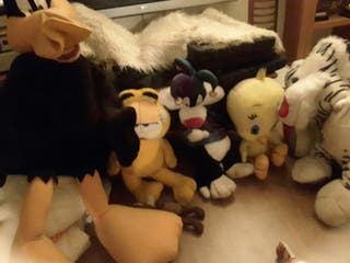 muñecos peluches
