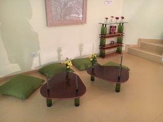 Conjunto mesas y estantería