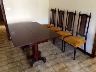 Mesa 4 sillas Vintage