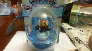 skylanders trap team Mini Power Punch Pet Vac