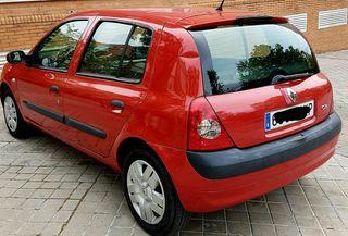 Renault Clio 2006 comunyte