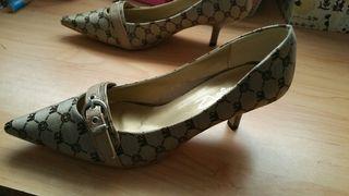 Zapatos tacón/ tacones