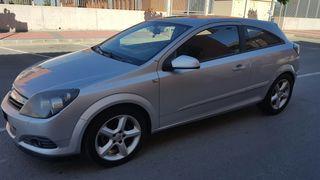 vendo Opel Astra GTC 2006 estas bien estado