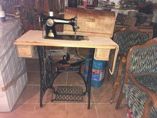 Maquina de coser singer funciona!