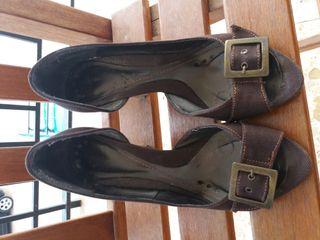 Zapatos tacón marrón talla 37