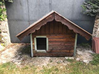 Caseta maciza madera