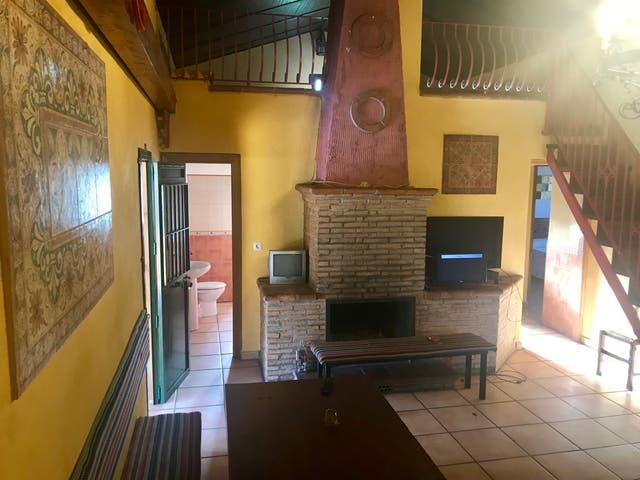 Casa Rural, 18 personas, fin de semana. Pleno campo. (Zalea, Málaga)