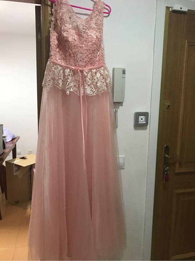 Vestido fiesta rosa palo sin estrenar.