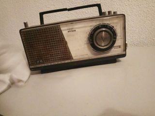Radio muy antigua