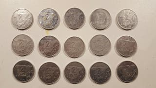 15 monedas de 2 pesetas