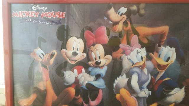 Cuadro infantil personajes Disney. Enmarcado de segunda mano por 15 ...